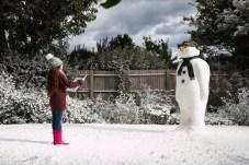 Barbour inszeniert in der neuen Kampagne eine wunderbare Weihnachtstradition aus Großbritannien.