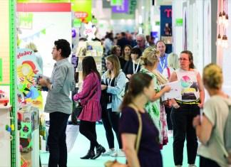 Besucher und Aussteller aus aller Welt strömen in den deutschen Ruhrpott, wenn die Koelnmesse zur Kind + Jugend ruft.