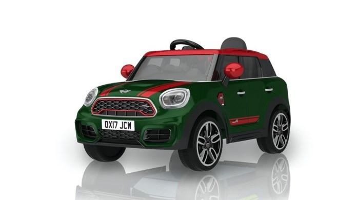 """Im Sommer 2020 bringt Rollplay mit dem """"Mini Countryman"""" echten SUV-Fahrspaß auf die deutschen Spielstraßen."""