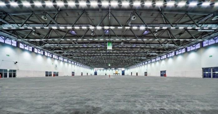 Leere Messehallen wie die Halle 8.1 der Koelnmesse geben die Lage in 2020 wieder.
