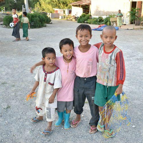 bambini orfanotrofio sasana - children do matter
