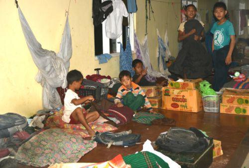 dormitorio orfanotrofio sasana - children do matter