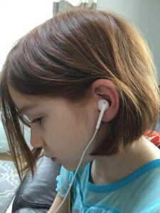CCC.FB.Ruby.Earbuds