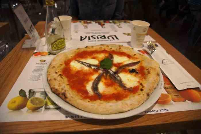 Pizza, Eataly, Rome