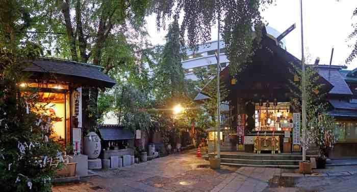 Tsukiji Namiyoke Inari Taisha