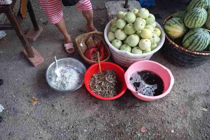Früchte und Fische