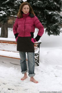 Chilly Snow Girl Barefoot