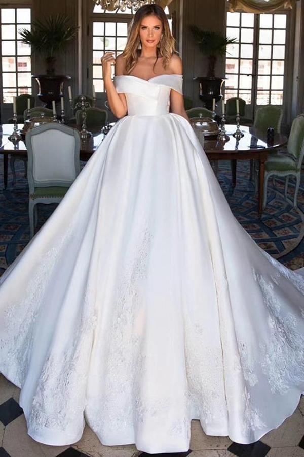 Elegant Italian Satin Wedding Dresses Luxury Beaded Long