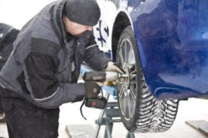 Российских автолюбителей обяжут менять резину зимой