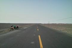 Verlassene Straße in Xinjiang
