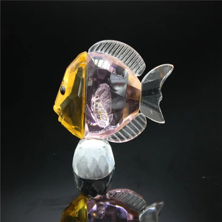 China Colorful Crystal Seafish Model As Special Wedding