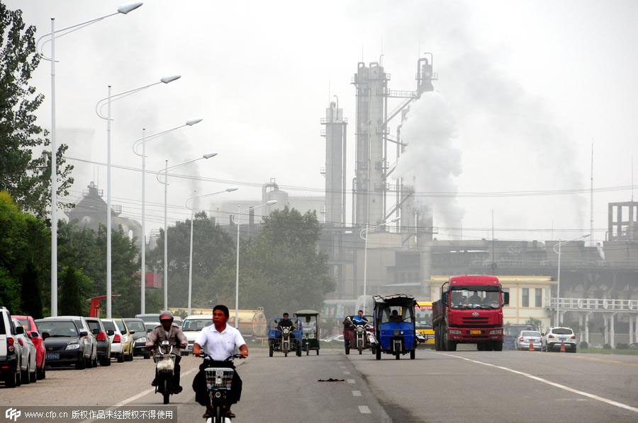 Govt justifies pollution crackdown despite huge job losses
