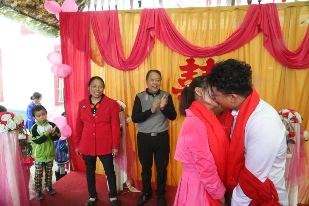 Wedding celebrates reunion with son kidnapped 25 years ago