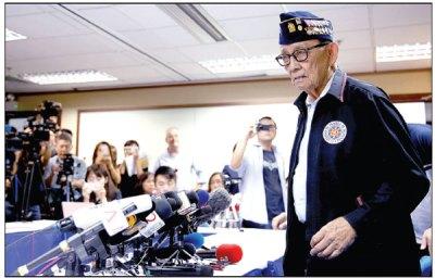 former philippine president fidel ramos speaks to ...