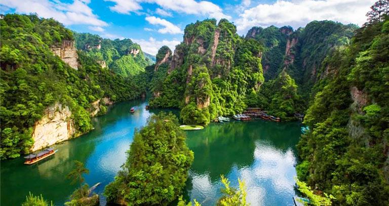 Baofeng Lake Baofeng Lake Zhangjiajie