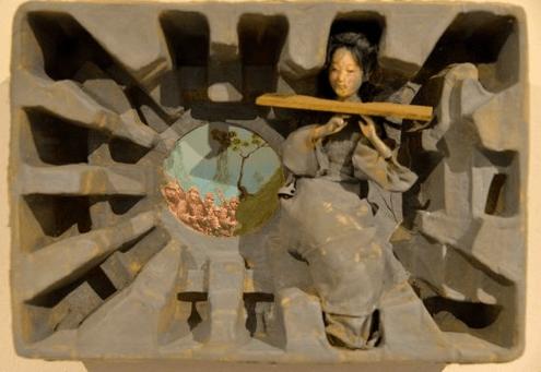 Artistas internacionales representan sufrimiento de mujeres en tiempos de guerra