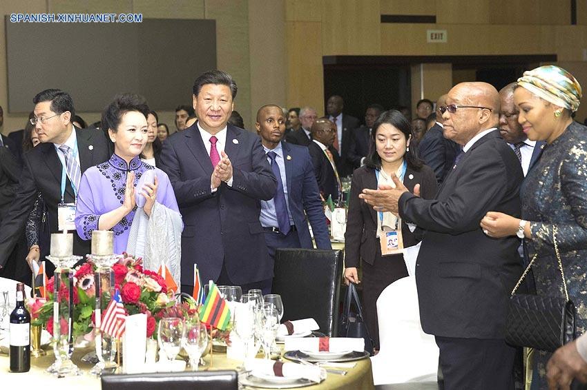 China y Africa necesitan traducir ventajas de amistad en avance en cooperación: Xi