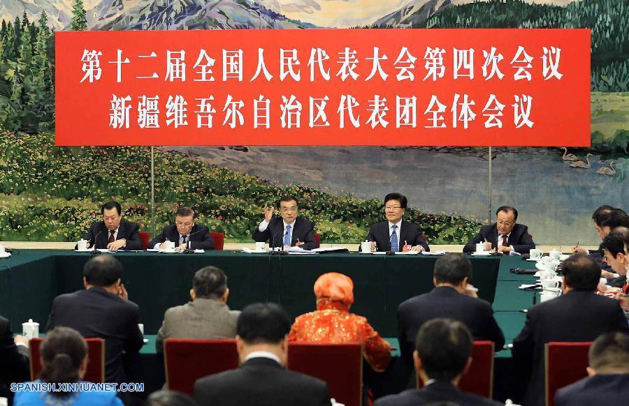 Líderes chinos subrayan desarrollo y estabilidad de Xinjiang y Tíbet