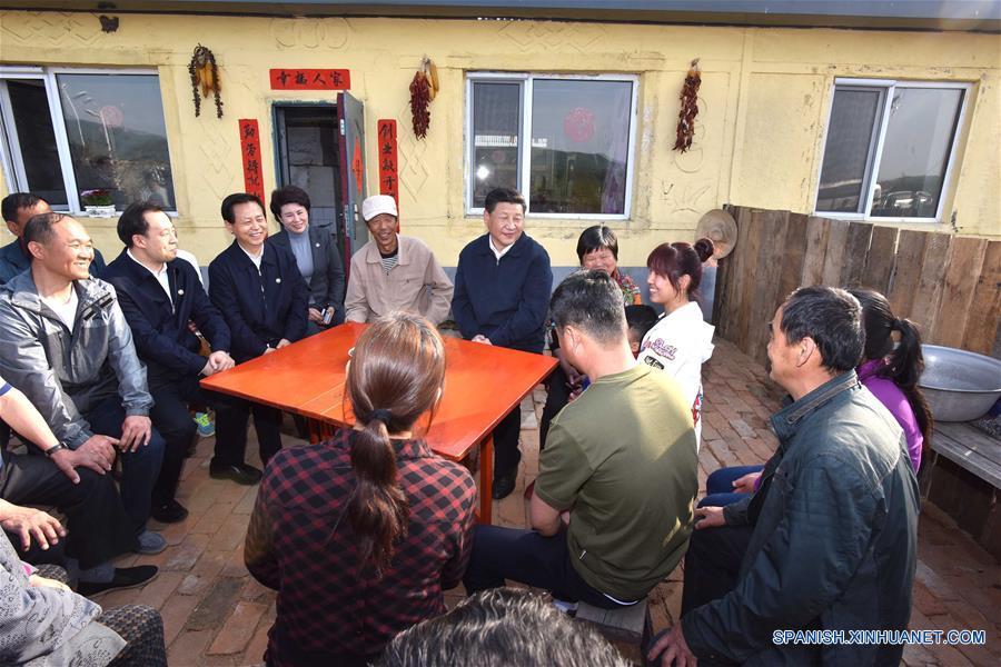 Xi enfatiza reestructuración económica en gira por noreste de China