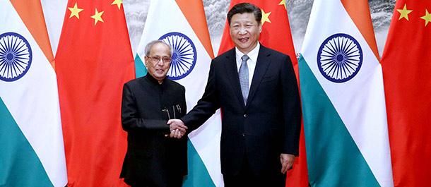 China e India prometen impulsar asociación