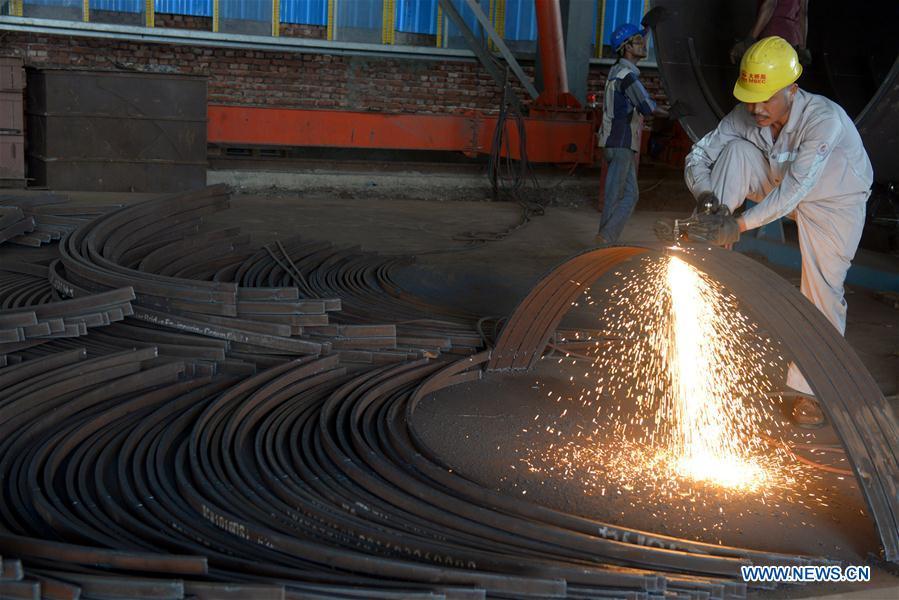 """ESPECIAL: Empresa china construye """"puente soñado"""" para bangladesíes"""