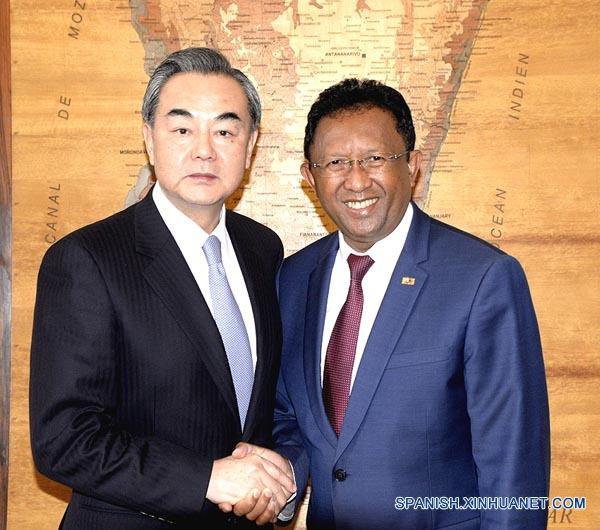 Canciller chino discute con presidente de Madagascar cooperación en Franja y Ruta