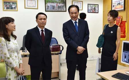 Agencia de noticias oficial de China fortalecerá cooperación con agencia noticiosa de Vietnam