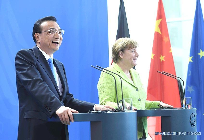 China y Alemania acuerdan acelerar conversaciones sobre acuerdo de inversión China-UE y enriquecer lazos bilaterales