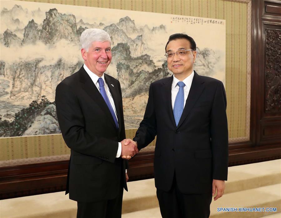 Primer ministro chino apoya cooperación entre provincias y estados de China y EEUU
