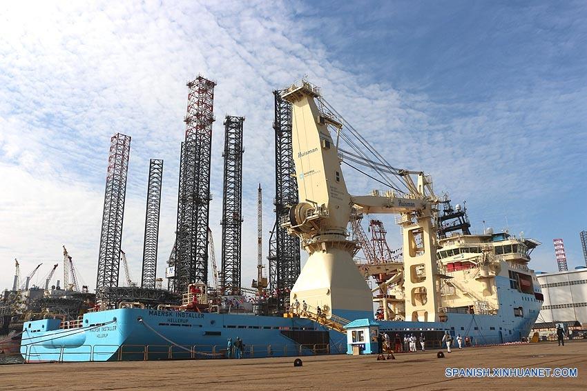 Firma china entrega primer buque de apoyo submarino vendido al extranjero