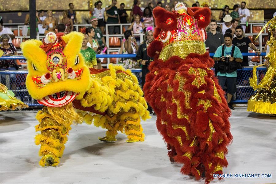 RESUMEN: China es homenajeada en primera noche de desfiles de carnaval de Río de Janeiro