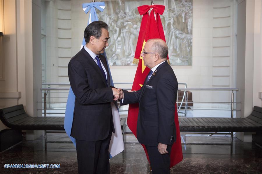 Cancilleres de Argentina y China se comprometen a impulsar la cooperación