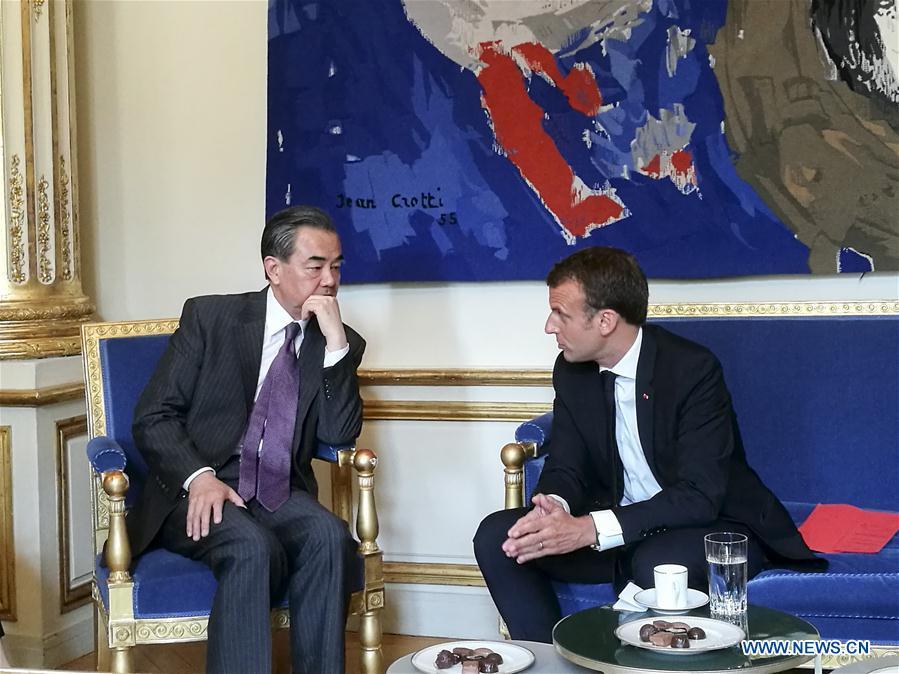 Macron destaca importante papel de asociación Francia-China en complicada situación internacional