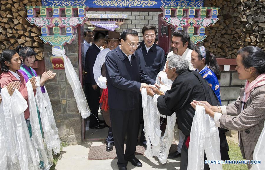 Primer ministro Li enfatiza desarrollo sostenible y prosperidad en Tíbet