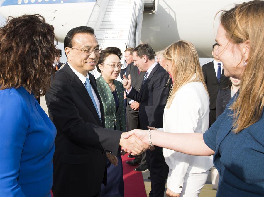 Premier chino llega a Holanda para visita oficial