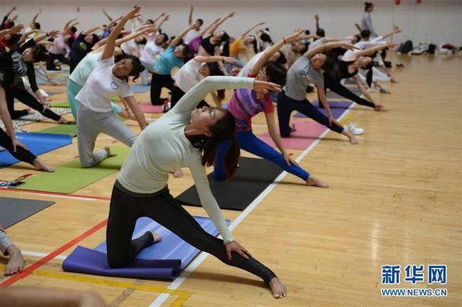 Escuela de Yoga China-India expandirá su formación por China