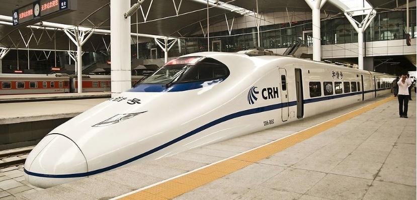 Nuevo ferrocarril de alta velocidad acerca a familias transfronterizas