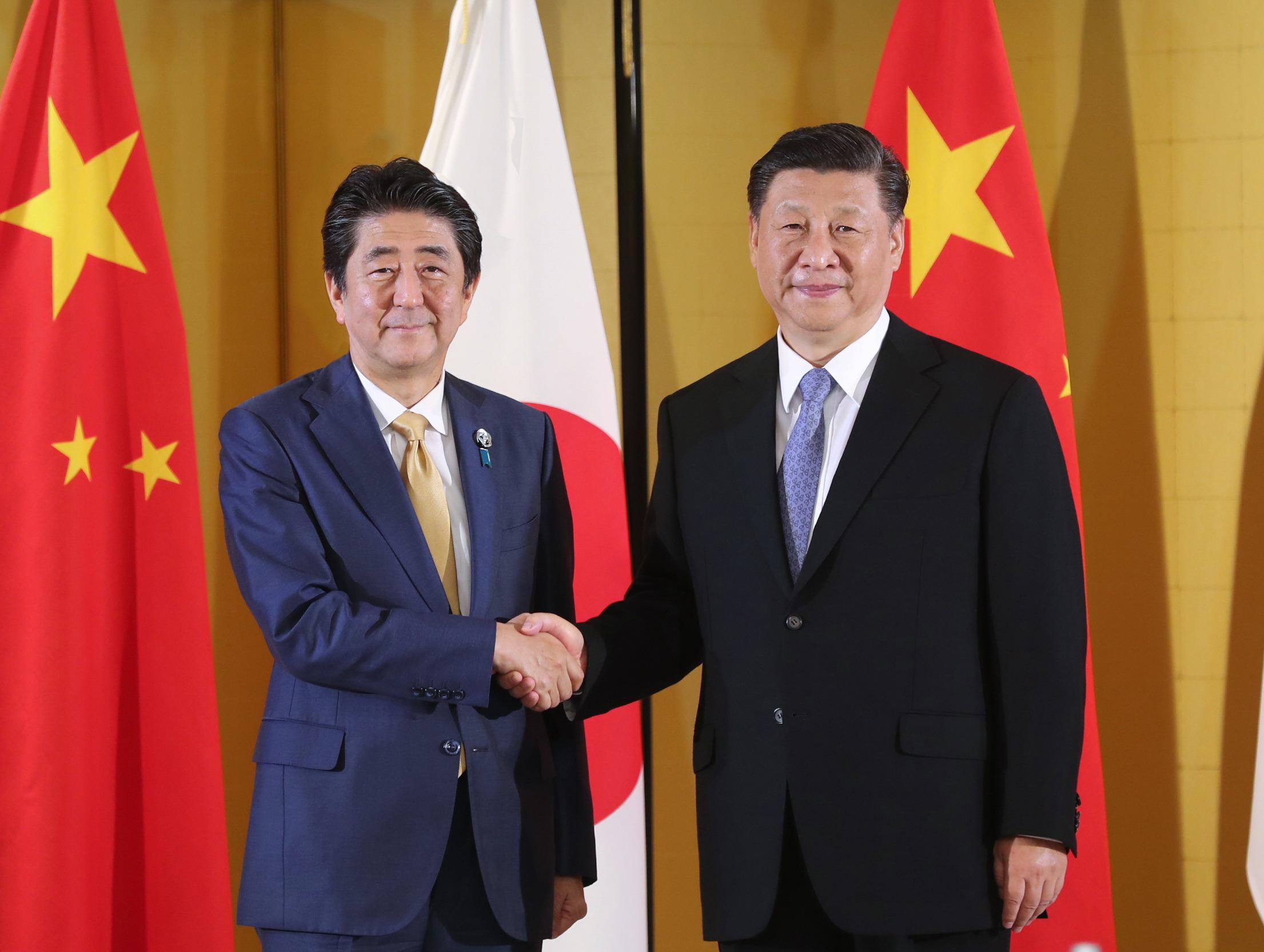 Xi y Abe alcanzan consenso de 10 puntos para promover relaciones bilaterales