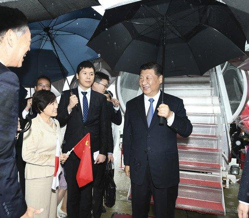 Presidente chino llega a Japón para asistir a la cumbre del G20