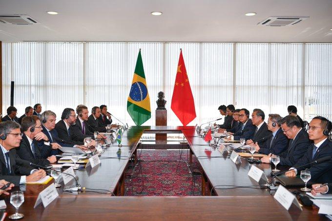 China y Brasil se comprometen a fortalecer sus lazos y defender el multilateralismo