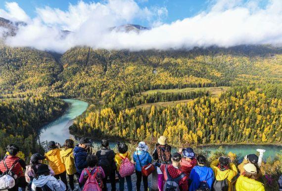 Xinjiang recibe más de 180 millones de turistas en primeros nueve meses de 2019