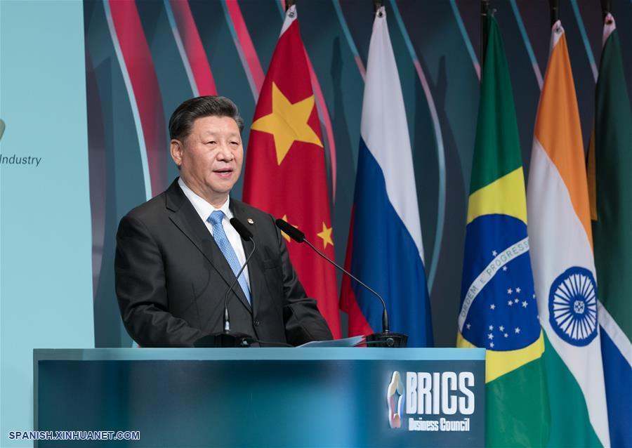 Xi pide participación activa de sector empresarial en cooperación BRICS