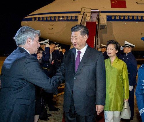 Presidente chino llega a Brasil para asistir a cumbre de BRICS