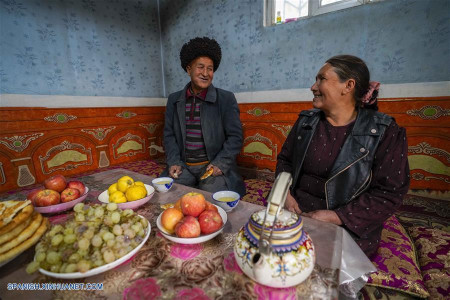 """Autoridades locales han impulsado la construcción del proyecto """"patio hermoso"""" en todas las aldeas de Xinjiang"""
