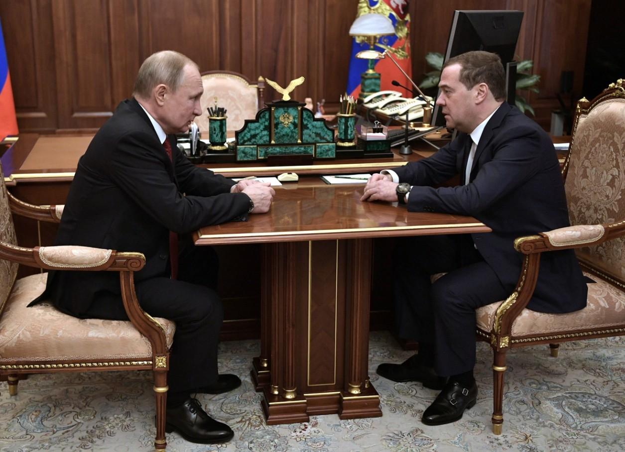 Putin nombra a Medvedev como vicepresidente de Consejo de Seguridad de Rusia