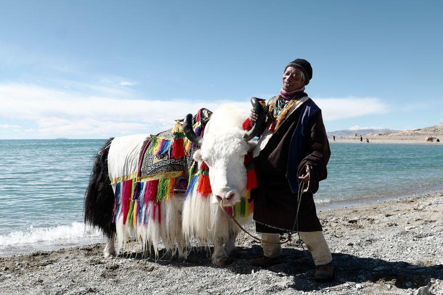 Región china de Tíbet libera a 150 mil personas de pobreza en 2019