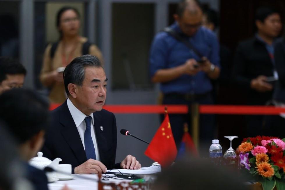 Consejero de Estado chino: Impacto de nuevo coronavirus no revertirá crecimiento de economía de China