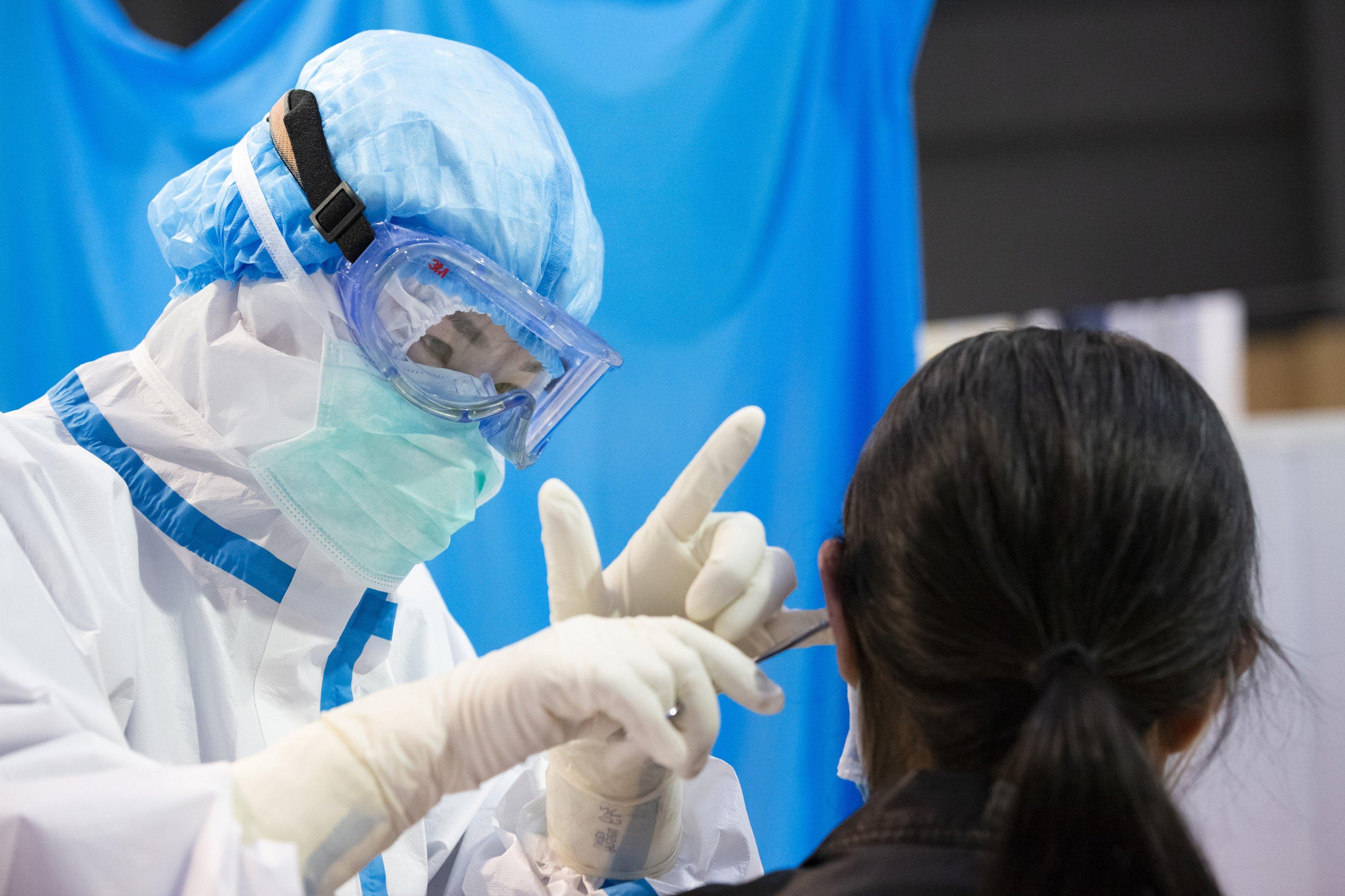 Experta: medicina tradicional china ayuda a rehabilitación de pacientes de coronavirus recuperados