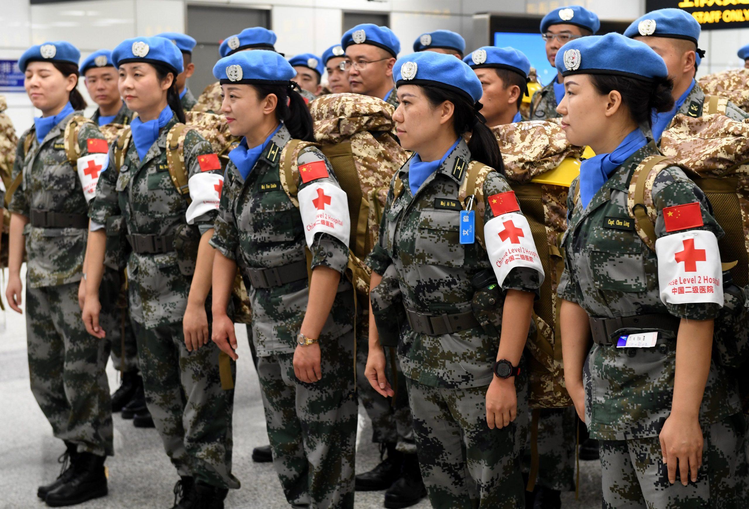 Mujeres oficiales de mantenimiento de la paz de China promueven igualdad de género y derechos