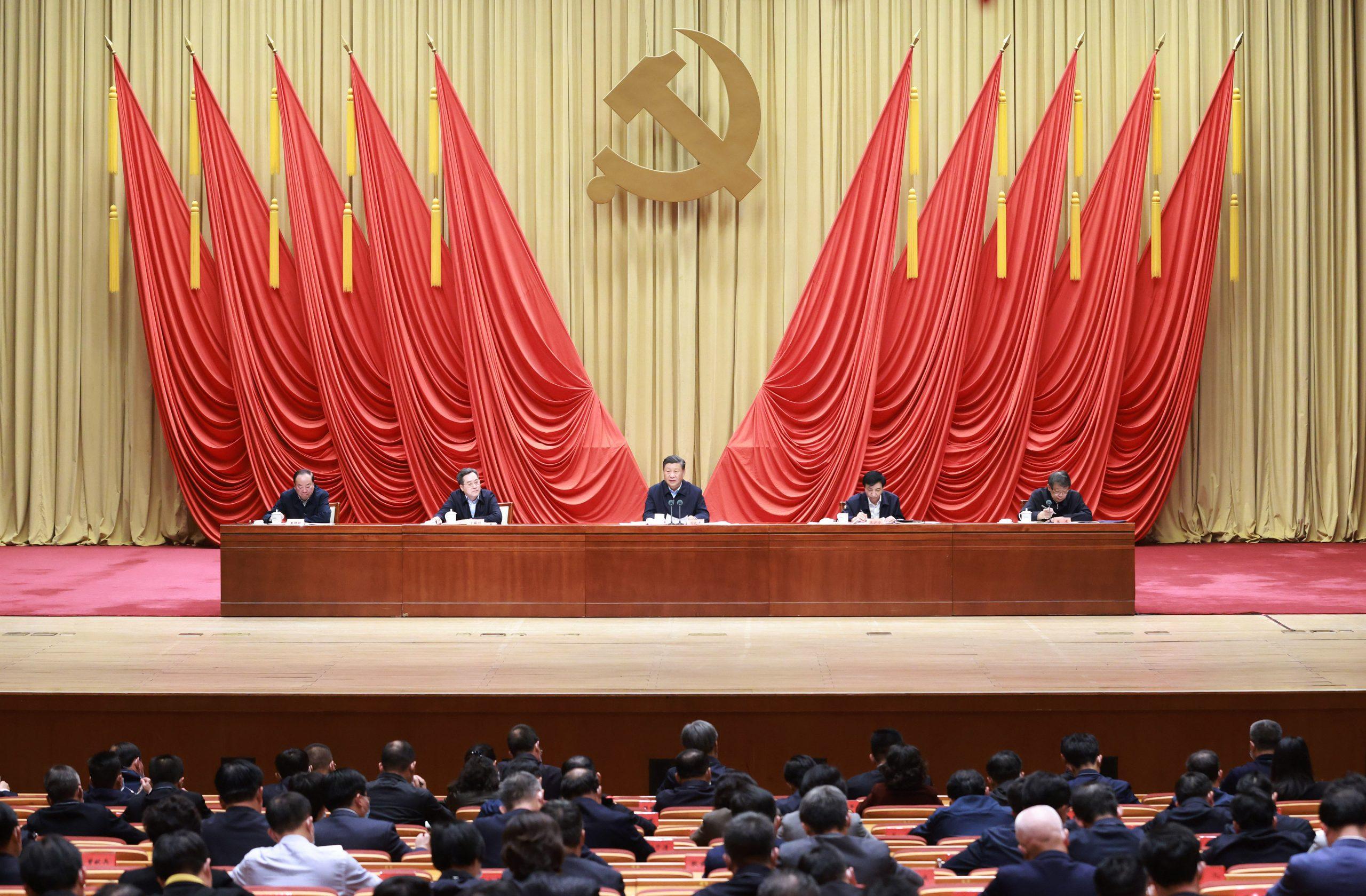 """Expremier egipcio dice que PCCh es el factor principal detrás de """"milagro del progreso en China"""""""